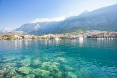 Makarska, Dalmatien, Kroatien - Natur ist an der Küstenlinie von Makarska schön stockfoto