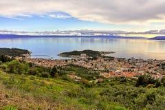 Makarska, Kroatië, haven en stad Stock Fotografie