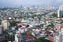 Makati horisonttunnelbana manila philippines royaltyfri fotografi