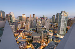 Makati-Skyline in Manila - Philippinen lizenzfreies stockbild