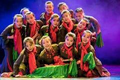 Make ha concertato la danza popolare di simsii-cinese del sforzo-rododendro Immagini Stock Libere da Diritti