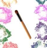 Make up cora com o cosmético esmagado do pó Cores misturadas Imagem de Stock Royalty Free