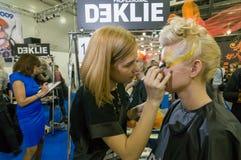 Make-up en haar de kunstenaarsconcurrentie Royalty-vrije Stock Fotografie