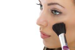 Make-up. Het toepassen van de Borstel van Samenstellingsschoonheidsmiddelen royalty-vrije stock afbeeldingen