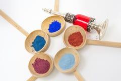 Make-up met mineraal poeder Royalty-vrije Stock Afbeeldingen