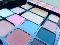 Make-upausrüstung lizenzfreie stockfotografie