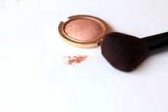 Make-upbürste und Pulver Stockfoto
