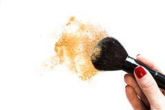 Make-upbürste und Pulver Lizenzfreie Stockfotos