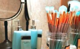 Make-upbürsten lizenzfreie stockfotos