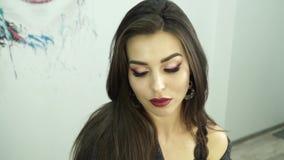 Make-upmodel  Langzame Motie stock videobeelden