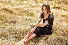 Make-upnaturhintergrund des jungen Haares der Schönheit langen heller stockfotografie