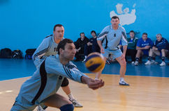 Makeevka, Украина - 26-ое февраля 2013: Волейбол эпизода игры Стоковое фото RF