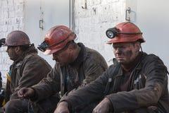 Makeevka, de Oekraïne - Oktober 30, 2012: Mijnwerkers van de mijn yasinovskaya-Glubokaya Stock Afbeelding