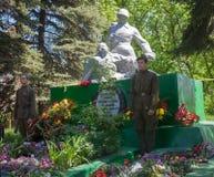 Makeevka Ukraina, Maj, -, 7, 2014: Quard gwardia honorowa przy mo Obrazy Stock