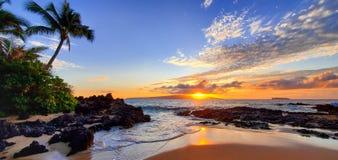Free Makena Secret Beach At Sunset In Maui, HI Royalty Free Stock Photo - 166435465