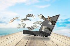 Makend geld online Royalty-vrije Stock Foto's