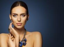 Makeup för kvinnaskönhetframsida, modemodell Make Up Portrait Arkivfoto