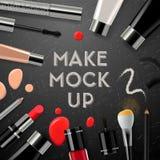 Makeup mockup z inkasowymi kosmetykami i akcesoriami Zdjęcie Stock