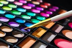 Makeup paleta z makeup muśnięciem Fotografia Stock