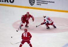 A Makeyev( 91) , A Loktionov ( 90) , M Afinogenov (61) Royaltyfria Foton