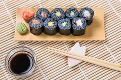 Maki Roll noire assortie Photos stock