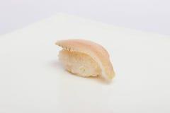 Maki Sushi auf weißem Hintergrund Stockfotos
