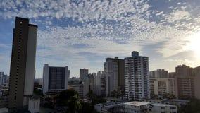 Makiki и городской пейзаж Гонолулу смотря к океану от максимума вверх Стоковые Изображения