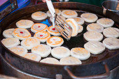 Making chinese cake for sale in market Royalty Free Stock Photography