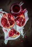 Making fresh pomegranate juice Stock Photography