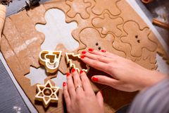 Making ginger cookies on Christmas Royalty Free Stock Photography