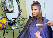 Making hairstyle Royalty Free Stock Images