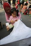 Making Indonesian traditional Batik Tulis Royalty Free Stock Images