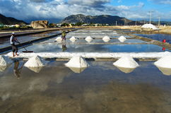 Making the salt from sea water in Vietnam Royalty Free Stock Photography