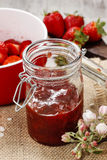 Making strawberry jam Royalty Free Stock Photos
