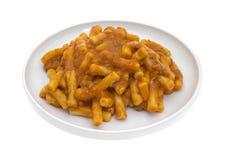 Makkaroni-Tomaten-Rindfleisch-Soßen-Platten-Winkel Stockfoto