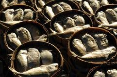 Makreel in ronde bamboemanden Royalty-vrije Stock Afbeelding