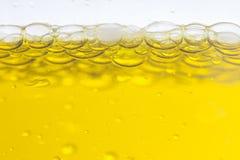 Makro av olje- droppar arkivfoton