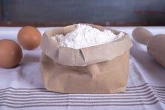 makro för ingredienser för äggmjölmat Arkivbild