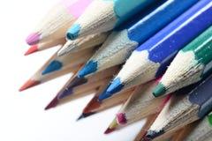 Makro farbige Bleistifte lizenzfreie stockbilder