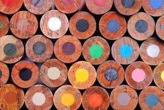 Makro farbige Bleistiftzeichenstifte Stockfotos