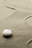 makro grabij?cy ogrodniczego piasek ryzyka trzy kamienie zen obraz royalty free