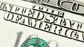 Makro nah oben vom Dollarschein US 100 Stockbild