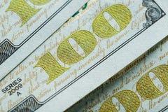 Makro nah oben von Ben Franklin-` s Gesicht auf den US 100 Dollar Stockbilder
