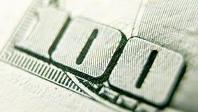 Makro som är nära upp av dollarräkningen för USA 100 Royaltyfri Fotografi