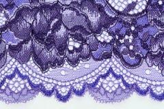 Makro- strzał biały i błękitny koronkowy tekstury materia Obrazy Stock