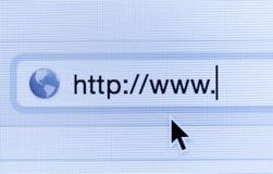 Makro- strzał ekran komputerowy z http:// adresu siecią i barem Zdjęcie Stock