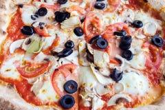 makro- strzał Sycylijska pizza obraz royalty free