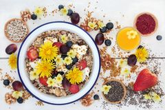 Makrobiotische Biokost zum Frühstück Stockfoto