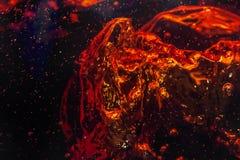 Makrobubbla och skum på glasväggen av cola Royaltyfri Fotografi