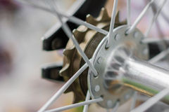 Makrodetalj av en crankset på en fixiecykel Royaltyfria Foton